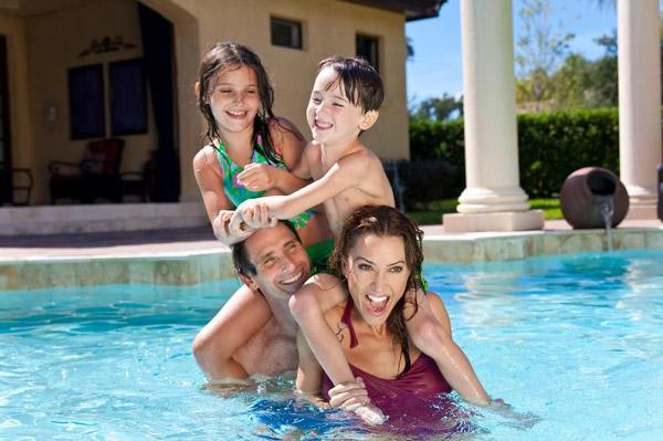 Piscine interrate benessere divertimento famiglia amici
