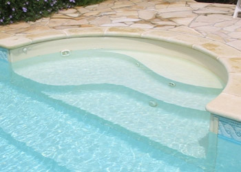 Configura la tua piscina interrata offerte piscine interrate for Configuratore scale